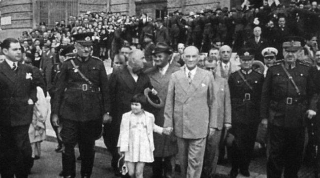 mustafa-kemal-ataturk-12-nehissettinseo-e1591906260872 Doğum Haritasıyla Atatürk Astroloji
