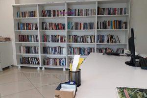 Sesli-Kutuphane-korler-icin-kitap-okumak-35-300x200 Sesli Kütüphane Körlere Ses Ver Farket